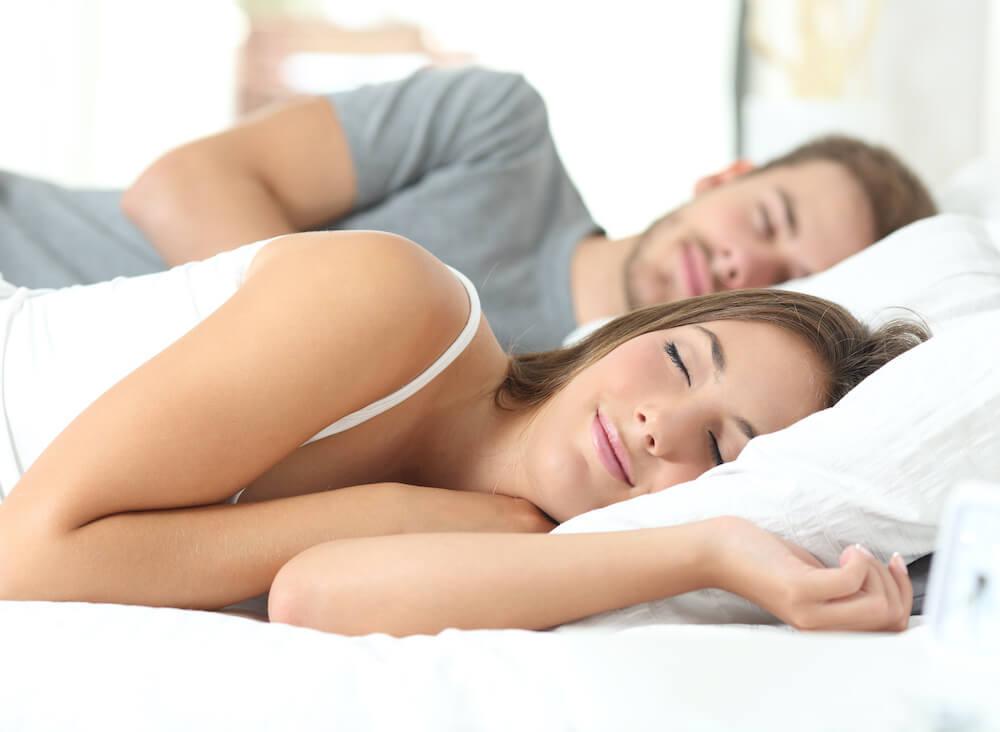 Schlafen in einem Boxspringbett von Meierling